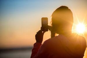 selfie-smartphone-app-300x200